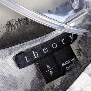 Theory Tops - Theory | 100% Silk Print Top - B10